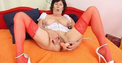 Czech Cougars free