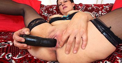 Czech Cougars tube
